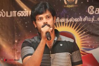 9 Giragankalum Ucham Petravan Tamil Movie Pooja Stills  0042.jpg