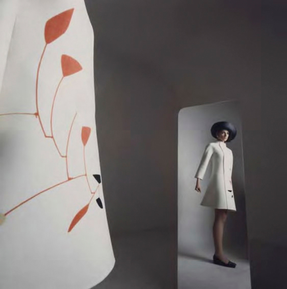 Mila Schon designs photographed by Ugo Mulas in 1969
