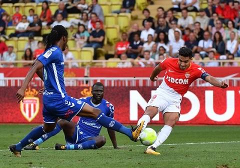 Bàn thắng thứ 9 của Radamel Falcao ở Ligue 1 mùa này