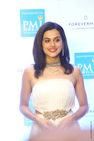 taapsee pannu launches forevermark diamond collection 6.jpg