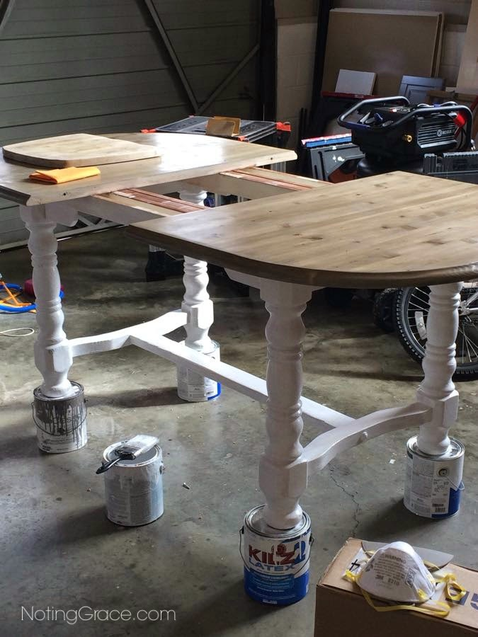 Farmhouse Style Table Makeover: Using gray tones, and distressing techniques, this amazing makeover is a Restoration Hardware Knockoff. Click the pic for more details!