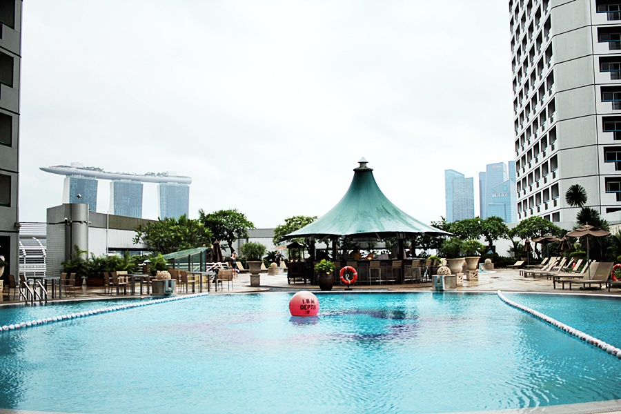 pool area skyline marina bay singapore