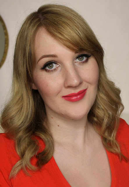 Collection Lasting Colour Lipstick - Pretty in Peach swatches & review