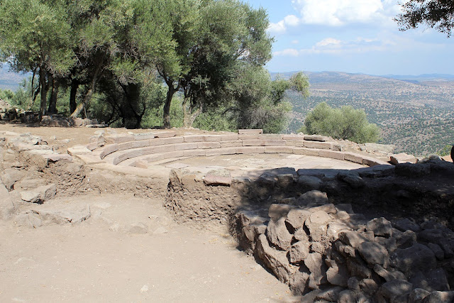 Ancient city of Aigai in western Turkey seeks excavation sponsor