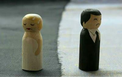 deux-pions-couple-maries-separation-divorce