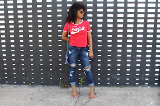 Graphic tee outfit for summer