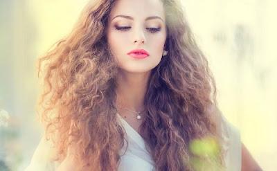 masques pour éviter l'effet électrique sur les cheveux