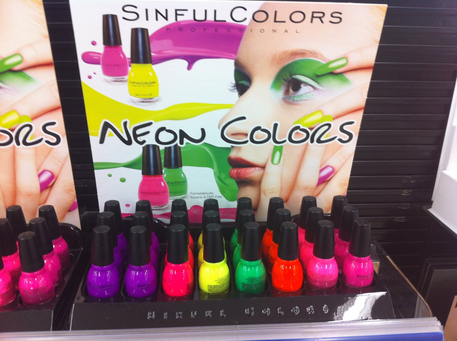 Diva Makeup Queen Sinful Colors Neon Colors Nail Polish-7010