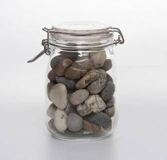 Povestea borcanului cu pietre si ce vrea ea sa ne invete