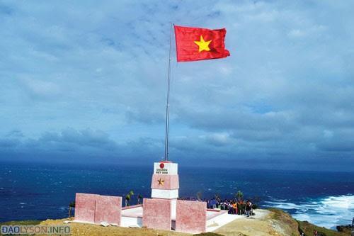 Cột cờ chủ quyền Đảo Lý Sơn - Hình 2
