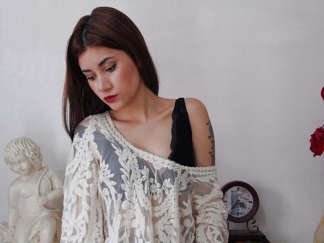 Blusa de flores em crochê