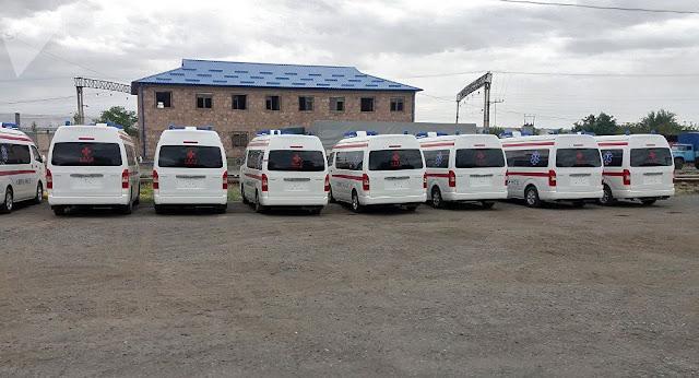 El primer envío de ambulancias de China llega a Armenia