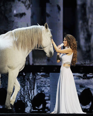 http://kingdomofhorses.com/shania-twains-new-stage-show-in-las-vegas-is-all-about-horses/