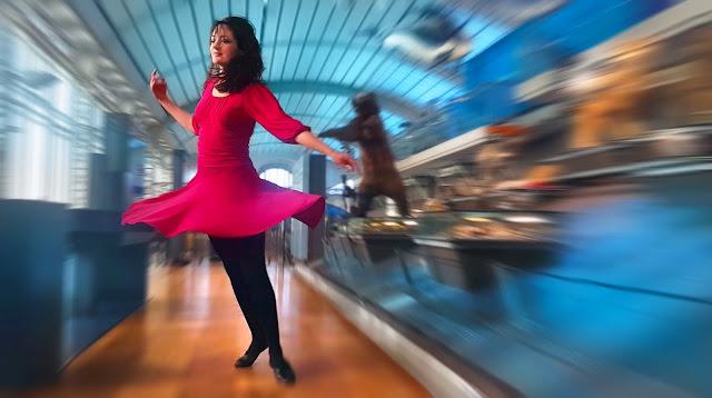 Danseuses Sophie Heine - Chanson de Ben Heine - Nuit Blanche 2017 - Single