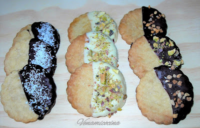 Galletas de mantequilla con chocolate y frutos secos