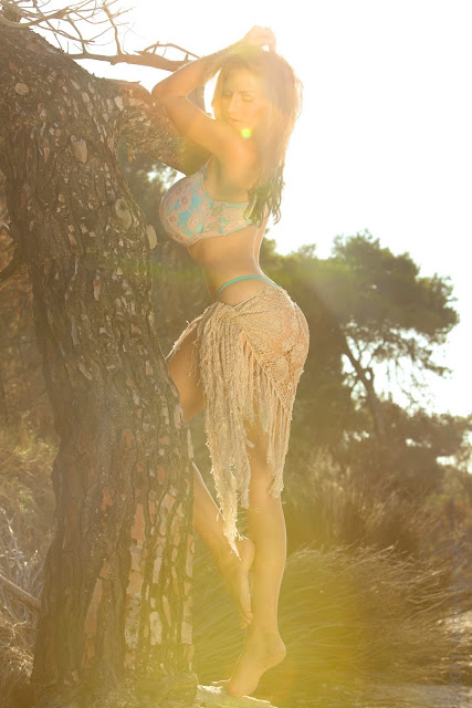 Jordan-Carver-sunrise-hot-sexy-photo-shoot-hd-image-12