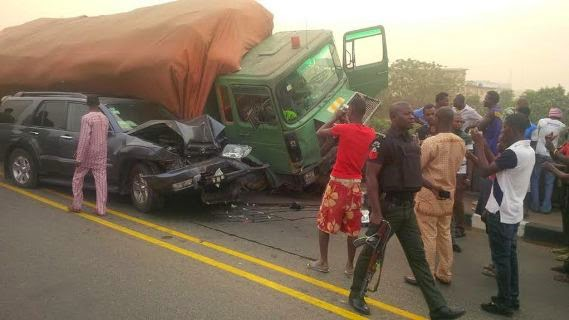 Range Rover Nashville >> Photos: Rita Edmond Injured In Car Accident, Artist Escapes Death On Opebi Bridge ...