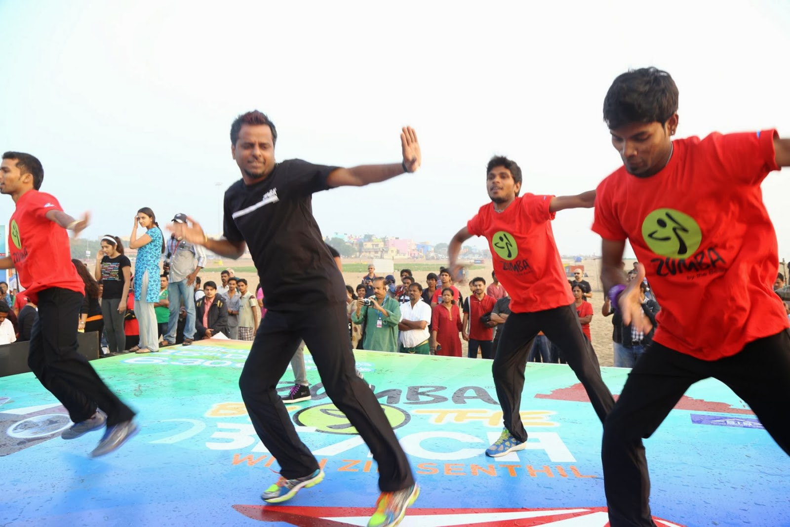 Pubg Dance Wallpaper: Zumbha Dance At Besant Nagar Beach Photos