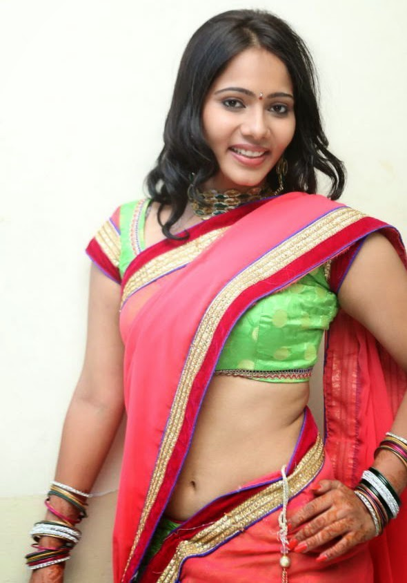 latest saree blouse