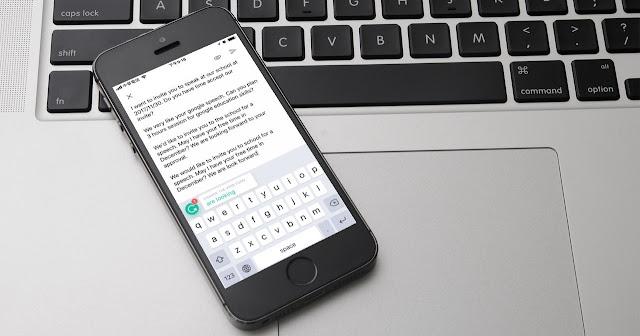 手機寫英文信救星 Grammarly keyboard 免費英文文法檢查鍵盤
