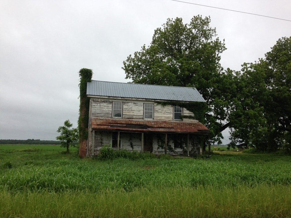 An abandoned house in Hyde County.