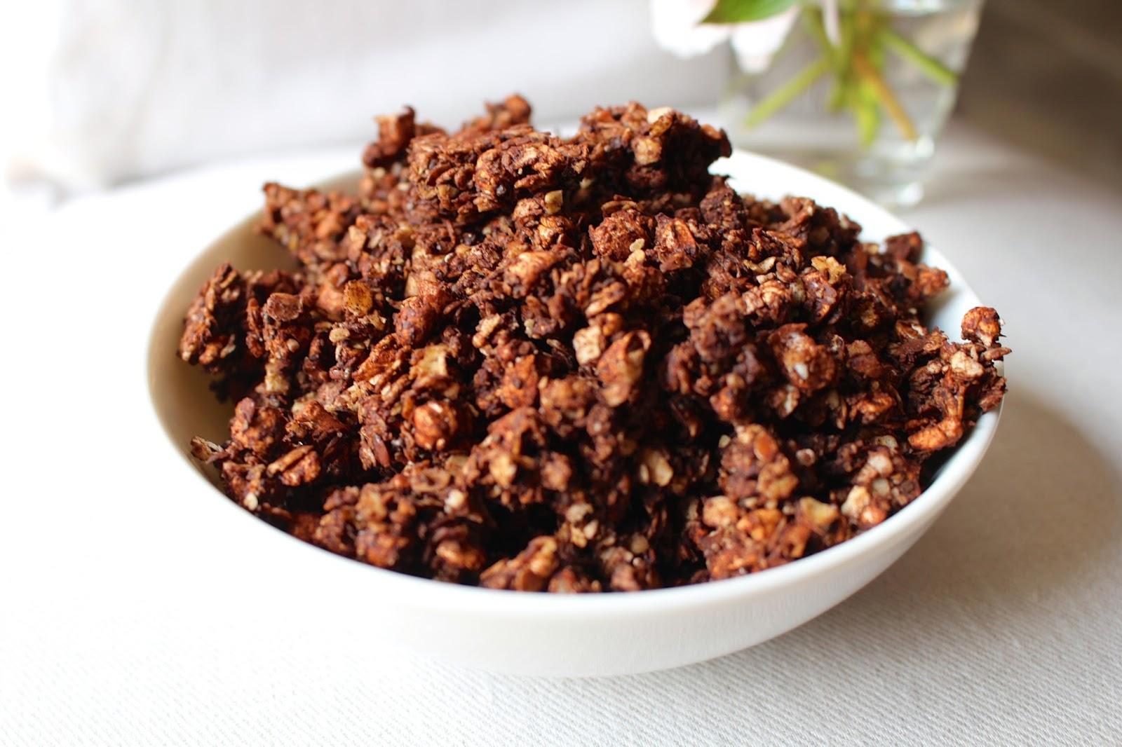 Choco pop granola