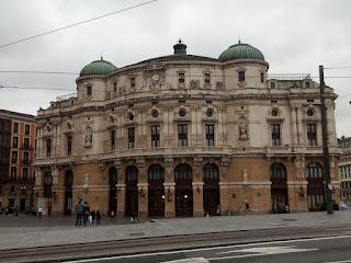 Fachada principal del Teatro Arriaga