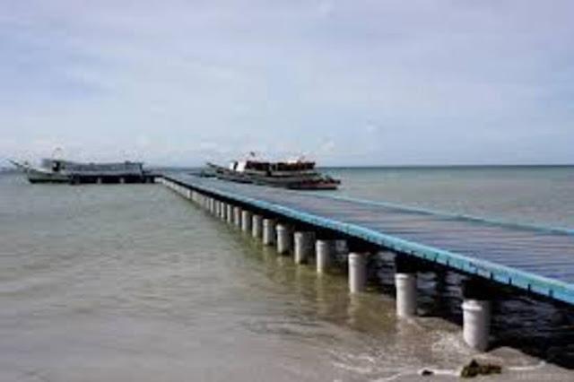 Robaron a 60 turistas brasileños en la isla de Coche