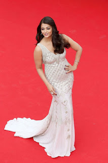 Aishwarya Rai In Gown