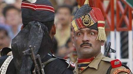 पाकिस्तान ने RSS/शिवसेना को आतंकी दल बताया, भारत ने कहा हद में रहो