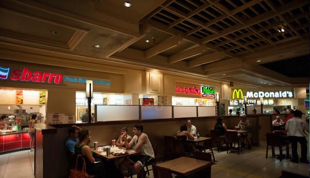 Restaurantes e lojas no Hotel Monte Carlo em Las Vegas