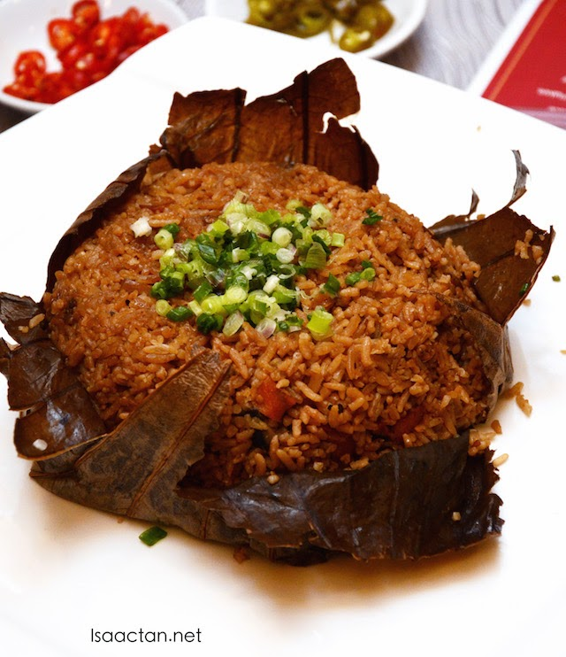 """Gui Lin"" Style Yong Chow Fried Rice in Lotus Leaf"
