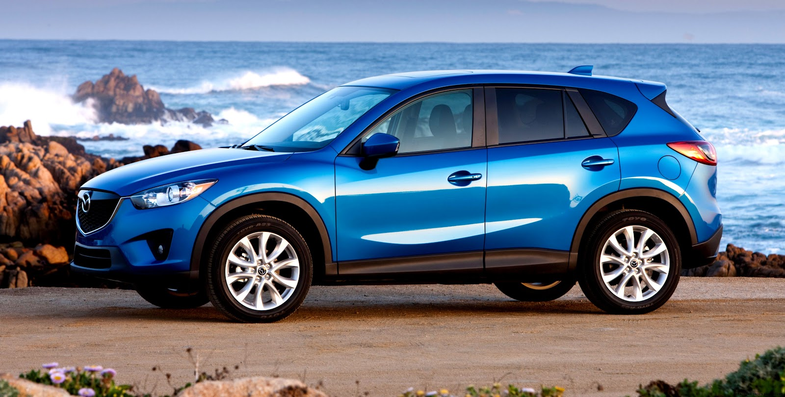 mazda cx5 2014 blue amazing wallpapers. Black Bedroom Furniture Sets. Home Design Ideas