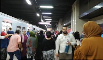 ذعر بين الركاب بسبب تقابل قطاري مترو علي قضيب واحد بمحطة السادات.. والهيئة تكشف السبب (بيان)