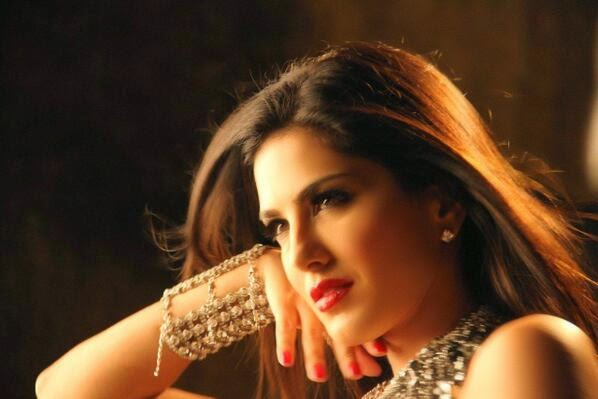 Sunny Leone  in Baby Doll song of Ragini MMS 2 movie