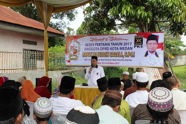 Di Reses Anggota DPRD Medan, Bilal Jenazah,  Penggali Kubur dan Guru MDTA Keluhkan Aturan Pembayaran Honor