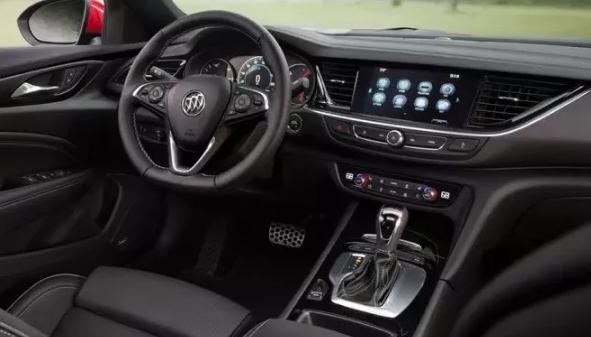 2020 Buick Regal interior