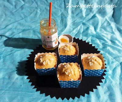 Muffin con marmellata nell'impasto