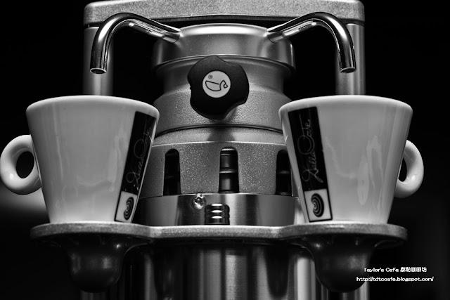 - Taylor's Caf'e 泰勒咖啡坊 -: 【Caffemotive】義大利原裝進口 - Bacchi Espresso 咖啡機 / 摩卡壺 _ 全臺數量稀少 ...
