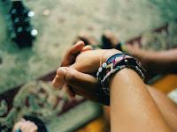Kumpulan Gaya Foto Bareng Pacar Yang Romantis Dijamin Bikin Baper