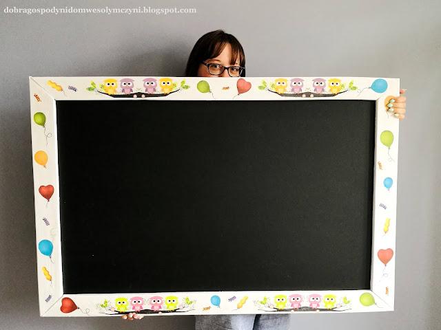 tablica kredowa w ramie z desek z palety - DIY dla dzieci