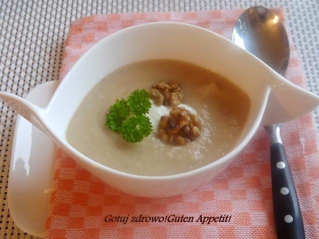 Zupa krem z pasternaku z orzechami włoskimi - Czytaj więcej »