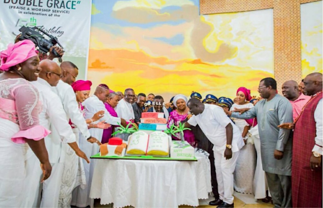 Governor-Rochas-Okorocha's-celebrates-his-55th-birthday-with-families-and-friends