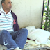 COMPÁRTELO - Continúa encadenado pastor frente al hospital Arturo Grullón en demanda de equipos