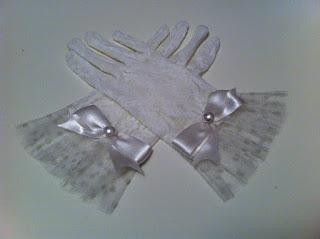 kırık beyaz dantel eldiven satın al