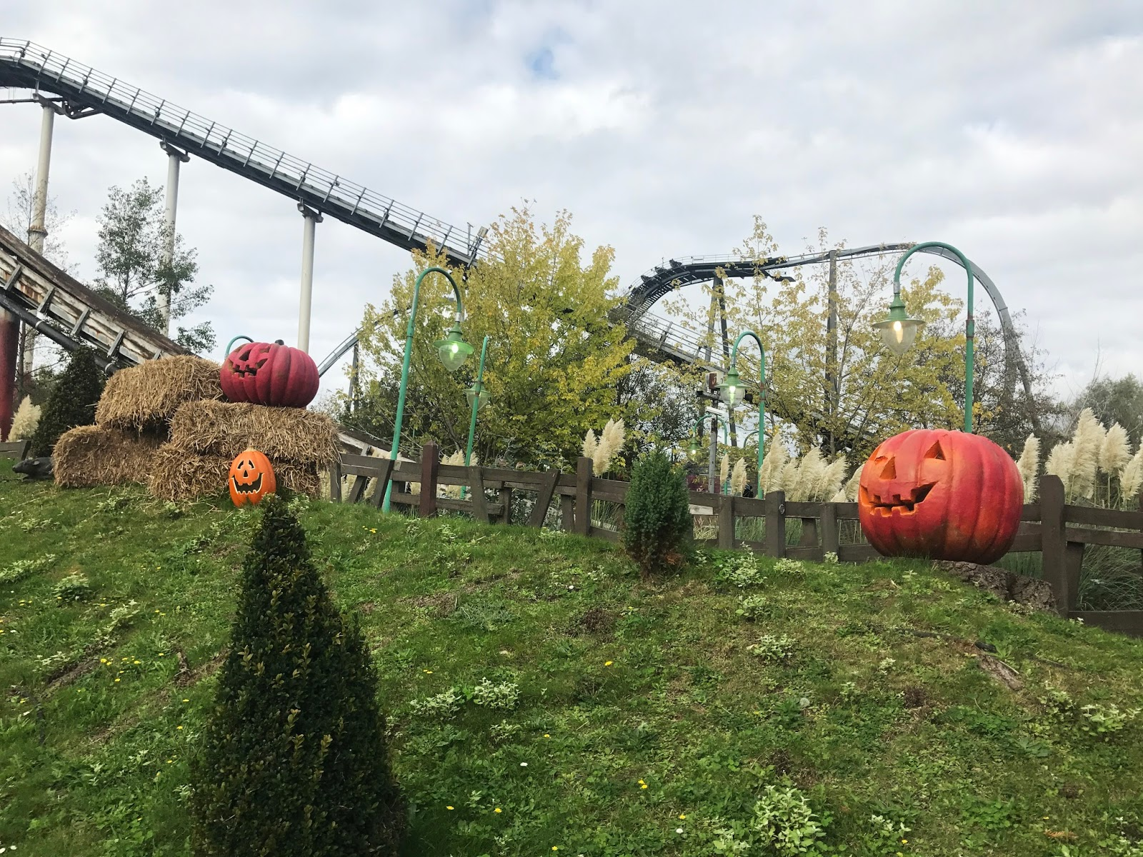 thorpe park the walking dead fright nights | wanderlust daydreaming