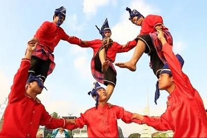 6 Nama Provinsi di SULAWESI: Ibukota, Bahasa, Suku, Pahlawan, Lagu Daerah, Rumah Adat, Pakaian, Tarian, Senjata dan Peninggalan Sejarah