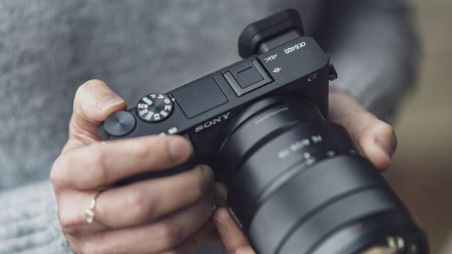 تقرير على كاميرا سوني ألفا A6400 من موقع تقييم