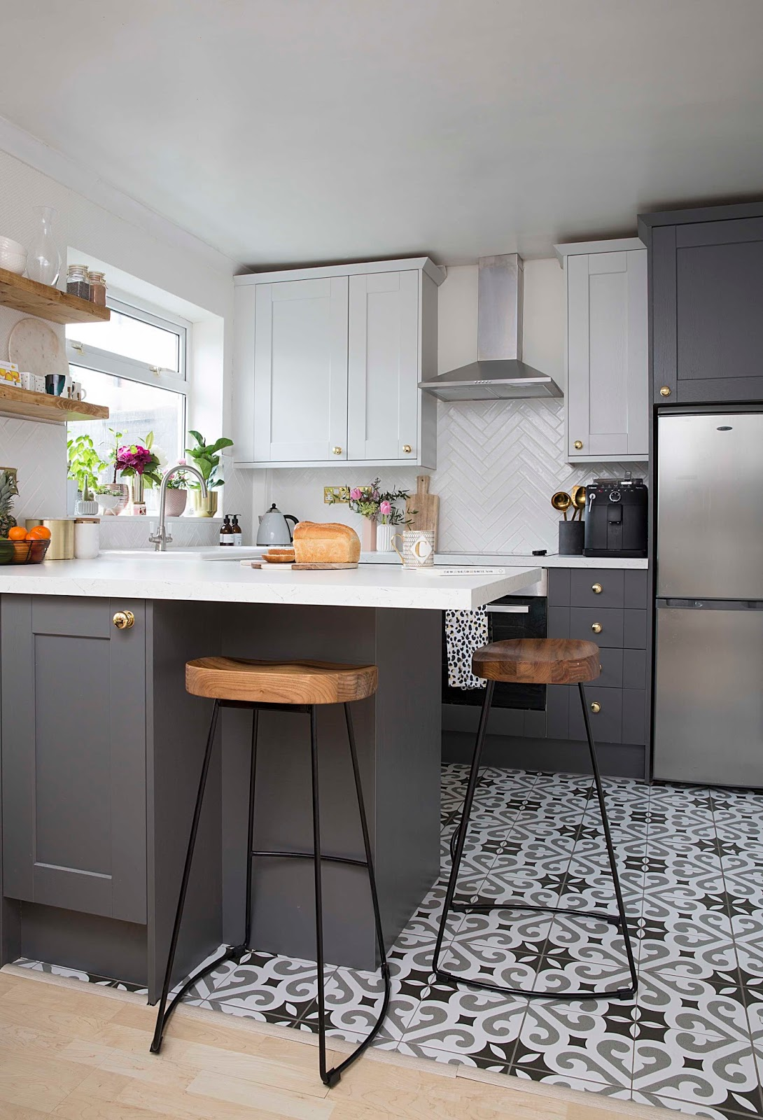Two tone grey kitchen
