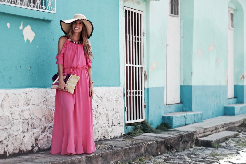 como llevar un vestido largo en verano